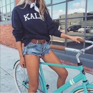 Kale Graphic Cropped Raw Hem Sweatshirt!